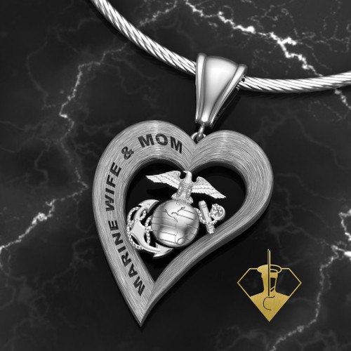 MARINE WIFE & MOM HEART PENDANT