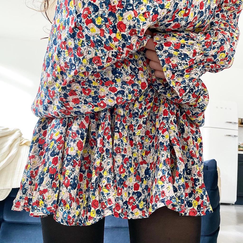 Je mesure 1m55 et je porte la robe en T38 manches longues col rond - Viscose printemps avec une ceinture