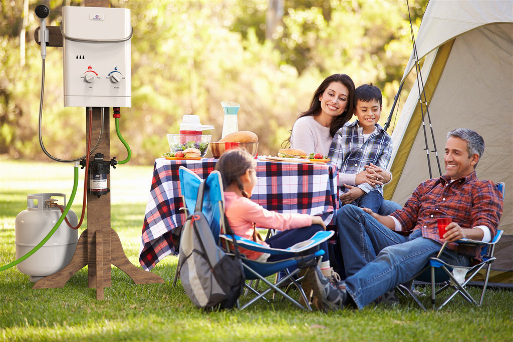 Eccotemp CE-L5 Portable Outdoor Tankless Water Heater camping lifestyle