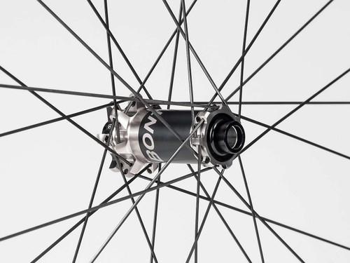 """Bontrager Line Pro 30 TLR Boost 29"""" MTB Front Wheel"""