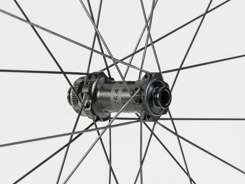 Bontrager Aeolus Pro 37 TLR Disc Road Wheel - Front