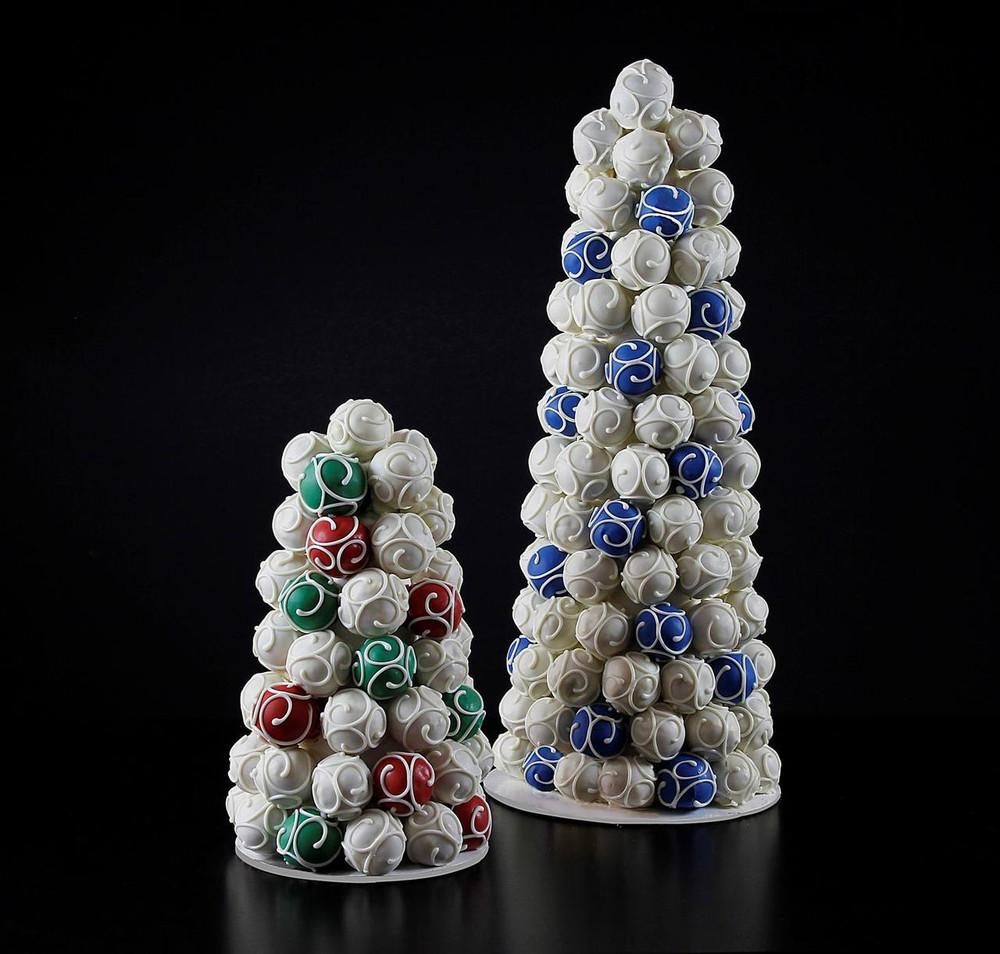 Christmas tree cake ball cake