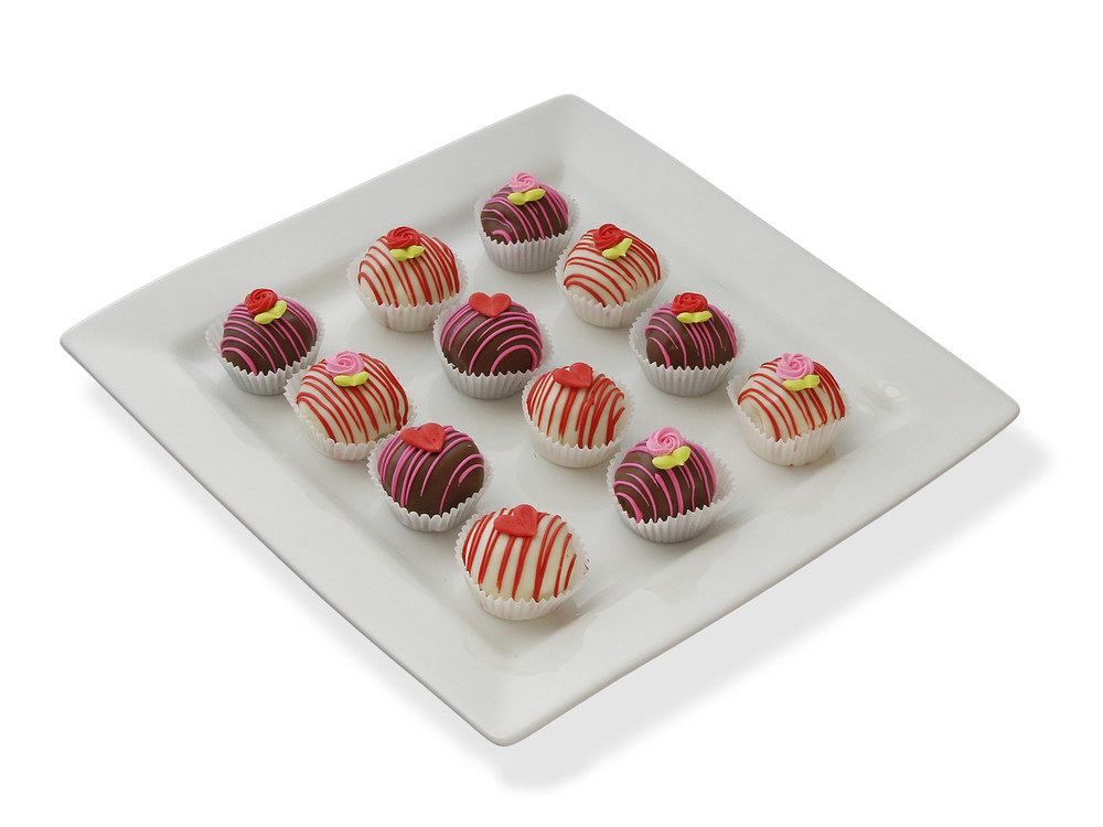 Hearts and Roses cake balls, perfect for your Valentine!