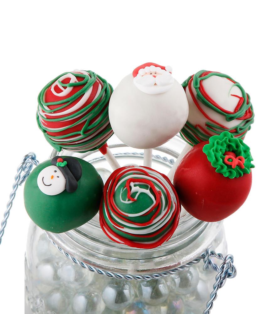 Christmas Cake Pops.Christmas Cake Pops
