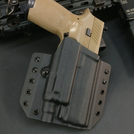 HW Holsters Sig Sauer P320 with Viridian X5L Holster