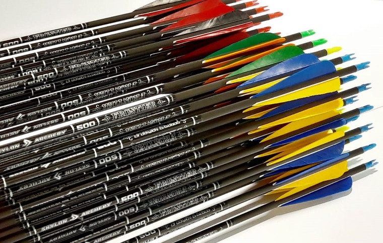6 Skylon Frontier (Factory Fletched w/Feathers) - Archery Source Canada