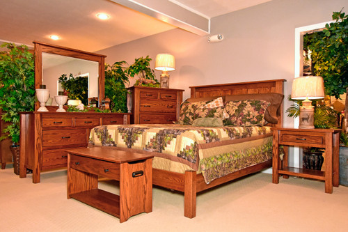 Amish Handcrafted Lindholt Bedroom Collection