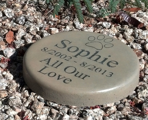 """Personalized Engraved Pet Memorial  Stone 7.5"""" Diameter 'All Our Love'"""