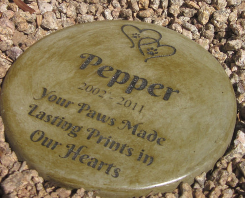 """Personalized Engraved Pet Memorial  Stone 11"""" Diameter 'Your Paws Made Lasting Prints on Our Hearts'"""