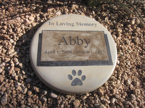 "Personalized Engraved Pet Memorial  Stone 11""Diameter 'In Loving Memory'"