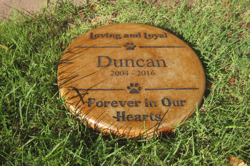 "Personalized Engraved Pet Memorial  Stone 11"" Diameter 'Loving and Loyal / Forever In Our Hearts"