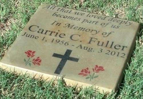 "Personalized Engraved Memorial Garden Stone 11.5""x11.5"" Diameter 'All that We Loved'"