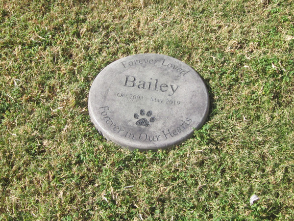 "Personalized Engraved Pet Memorial  Stone 11"" Diameter ' Forever Loved Forever in Our Hearts'"