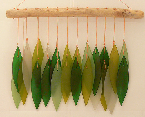 Outdoor Home Decor Recycled Beach Glass green mixed Leaf Chime  30cm x 27cm 0.300 kgs