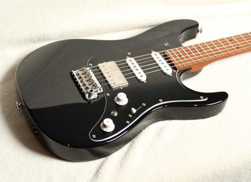 IBANEZ AZ2204B -BK BLACK