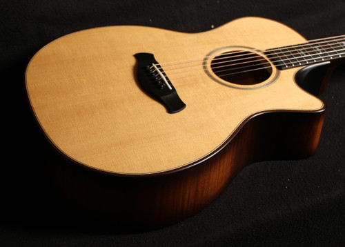 TAYLOR BUILDERS EDITION 614CE