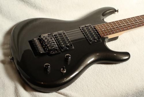 USED IBANEZ JS-1000 JOE SATRIANI MODEL BLACK PEARL