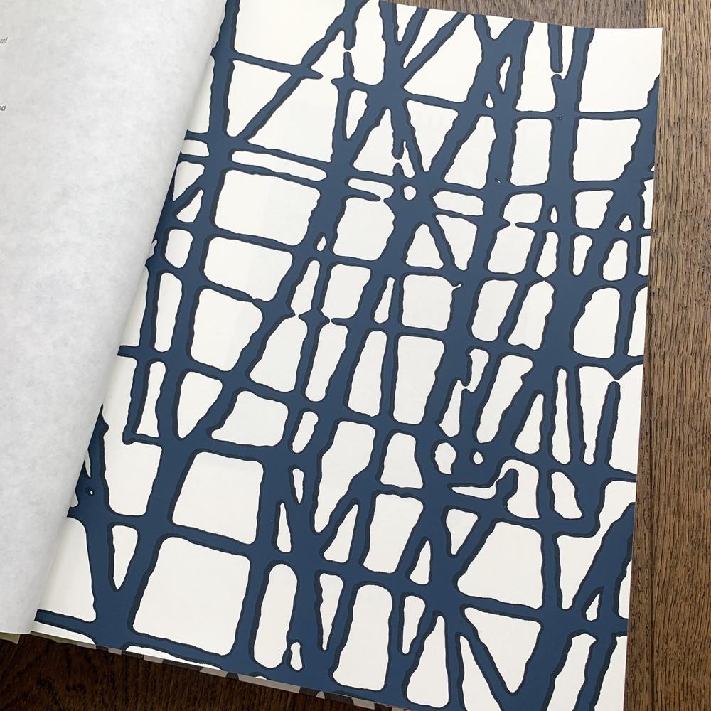 Mori -  Navy Blue / White