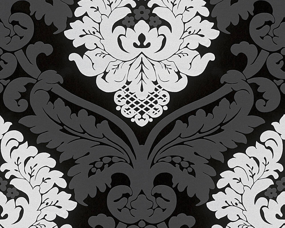 Baroque - Black & White