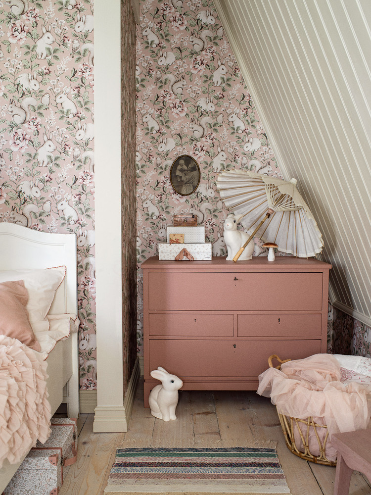 MAGIC FOREST - PASTEL PINK