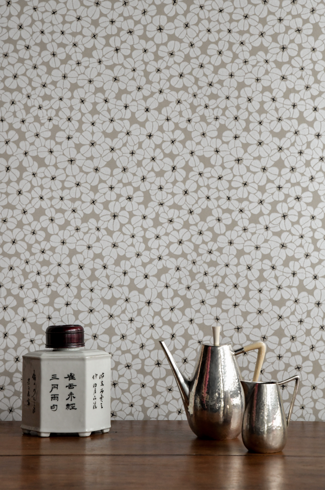 Flower Shower - Chalk White