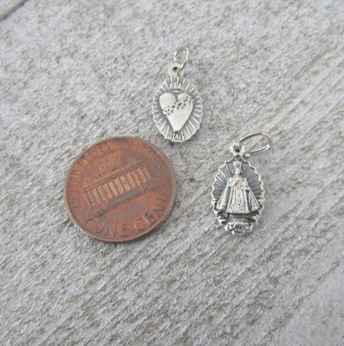 Infant Prague Holy Medal SMALL ~ Lot 6