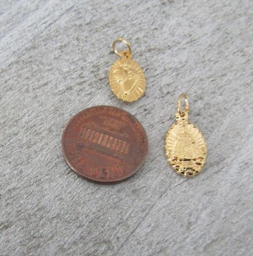 Infant Prague Holy Medal SMALL Gold ~ Lot 6