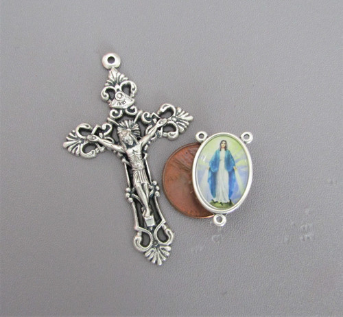 Rosary CENTER & CRUCIFIX & PATER Lady of GRACE 8pc
