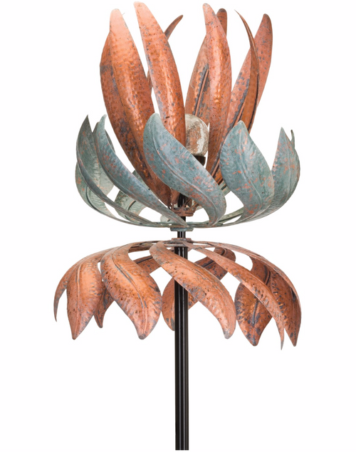 Solar Vertical Wind Spinner - Flying Lotus