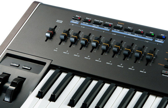 Kurzweil PC3K6 61 note Production Synthesizer