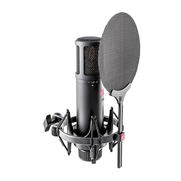 sE Electronics sE2200 Large Diaphragm Cardioid Condenser Microphone