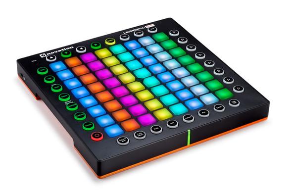 Novation Launchpad PRO MIDI Grid Performance Instrument  (ex-display)
