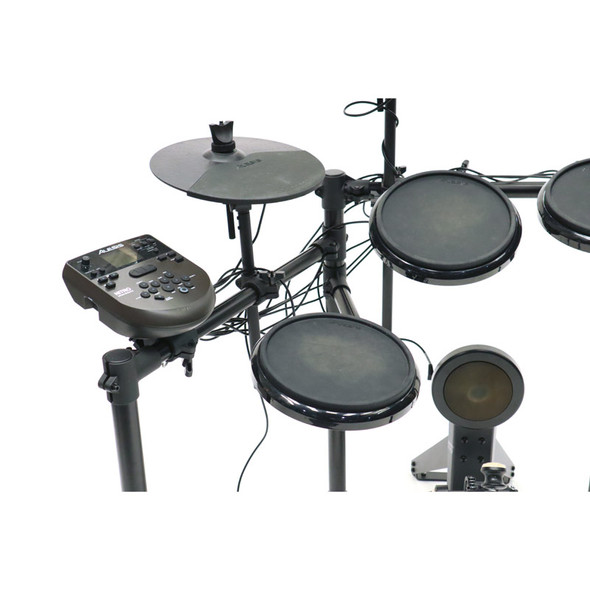 Alesis Nitro Series Electronic Drum Kit with Rubber Pads (pre-owned)