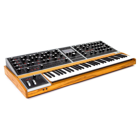 Moog One 16 Voice Analogue Polysynth