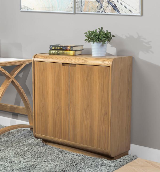 Universal Cabinet In Oak - 1