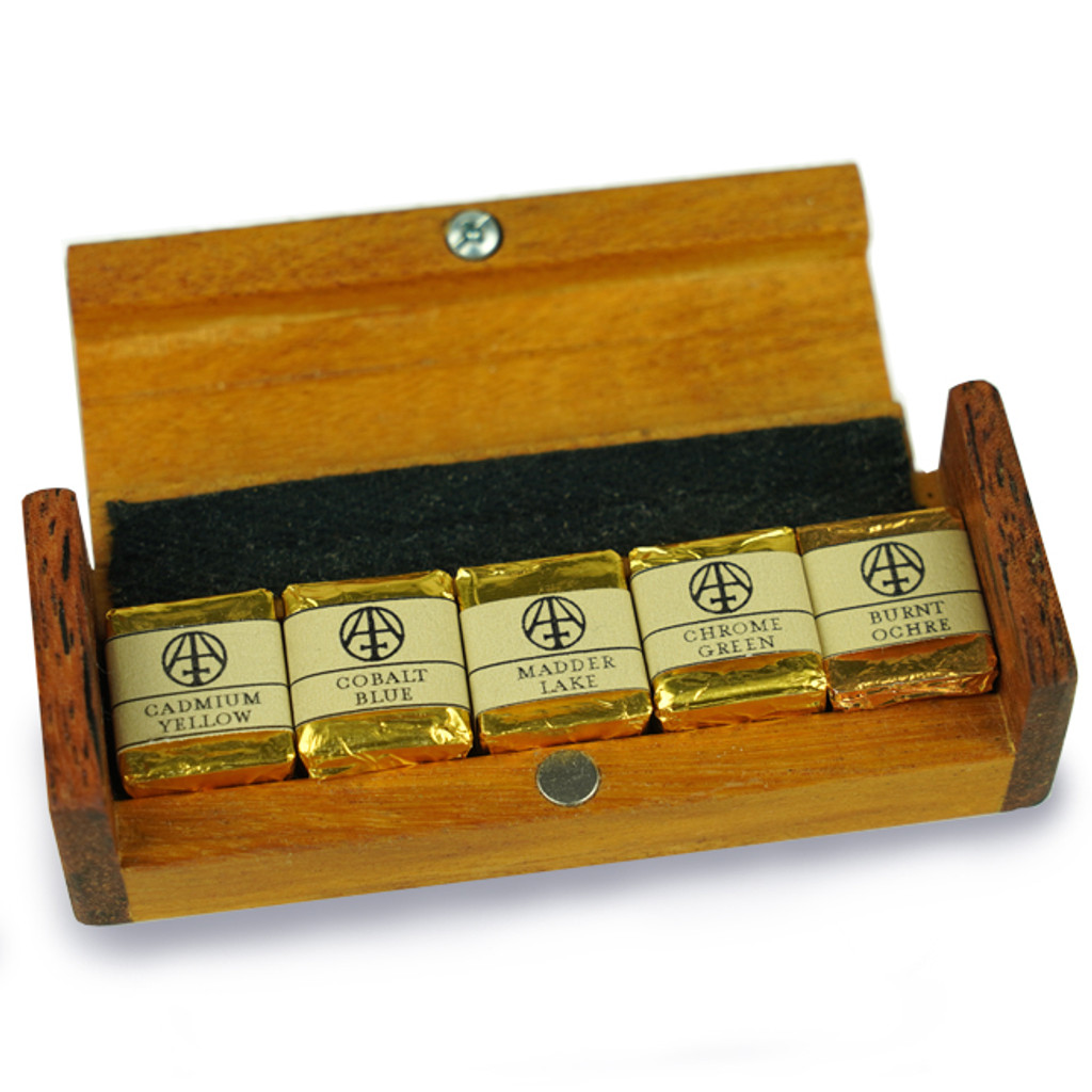 Hand Crafted Travelling Watercolour Set