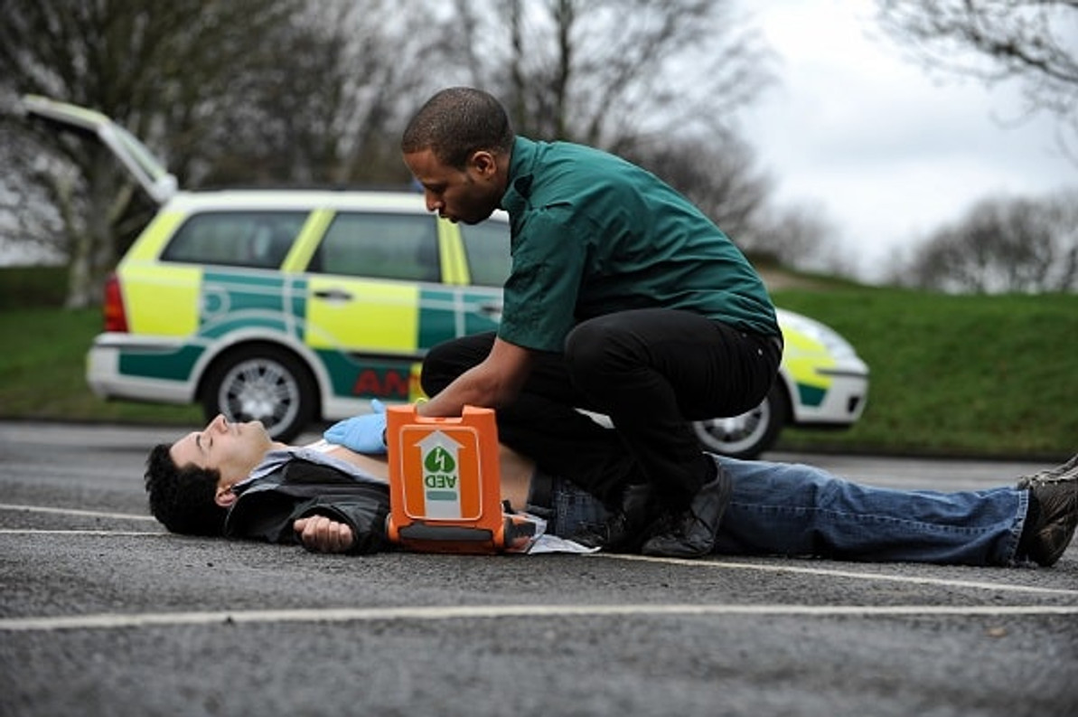 Guidelines for CPR and how AED's can assist us