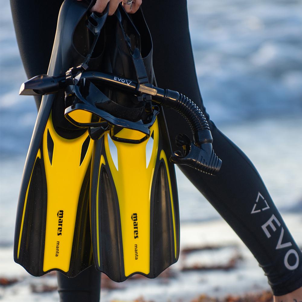 Mares Manta Full Foot Snorkeling Fins Lifestyle