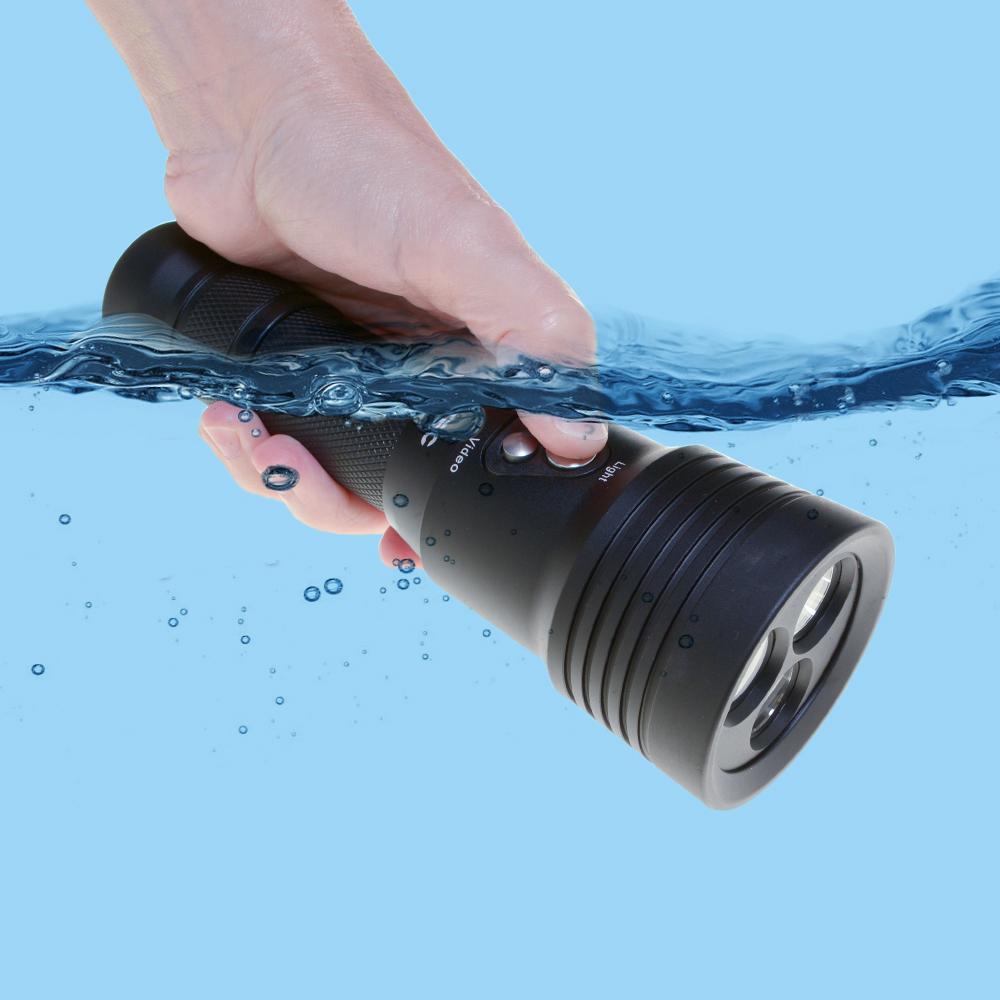 Tovatec MERA Dive Light & Built in Camera Underwater Lifestyle