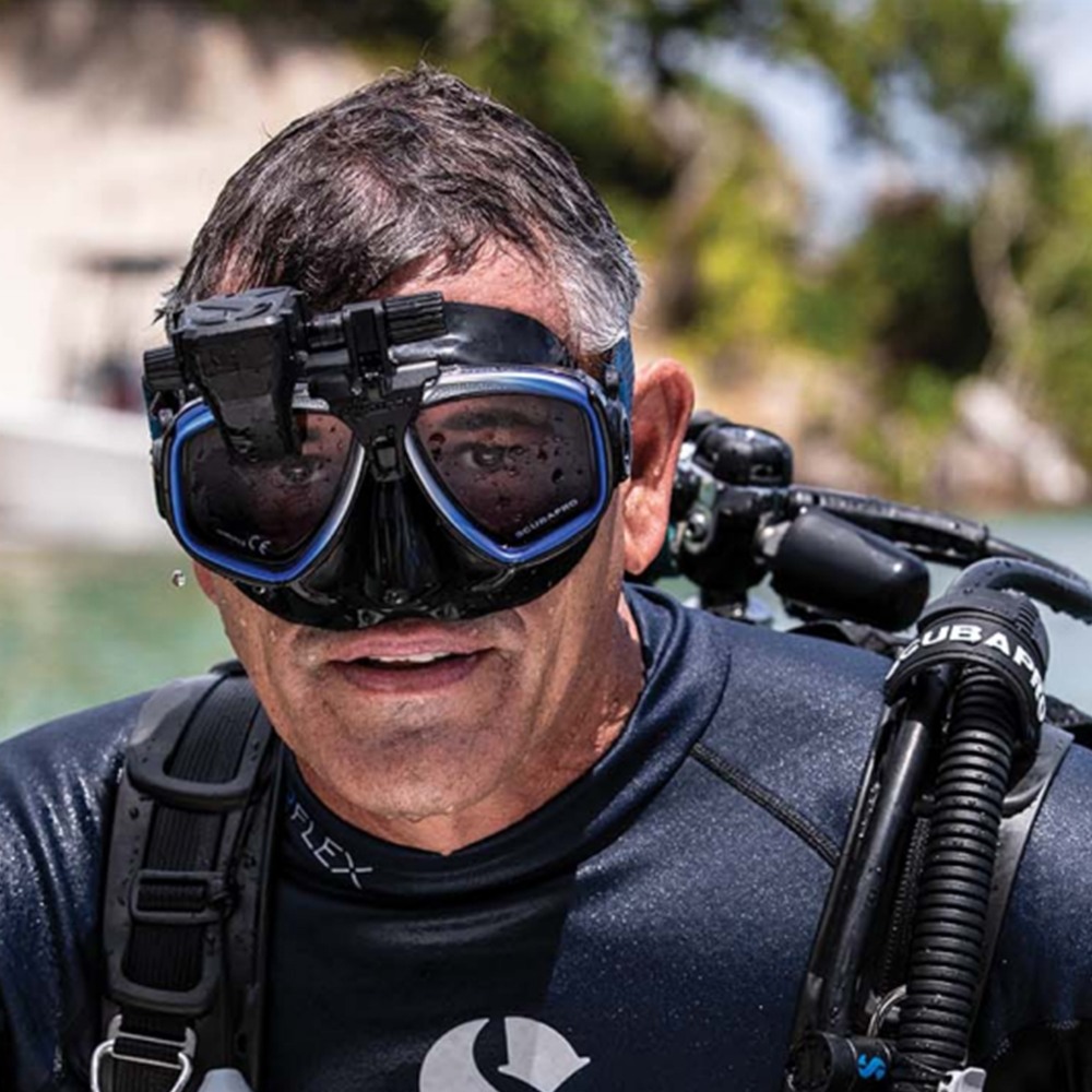 ScubaPro Galileo HUD (Heads-Up Display) and Transmitter Diver on the Surface