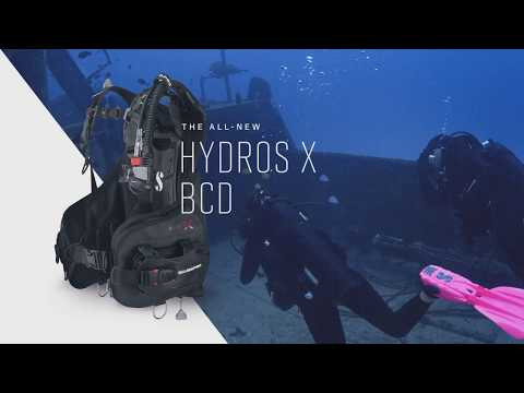 ScubaPro Hydros X BCD with Air2 (Men's) Lifestyle