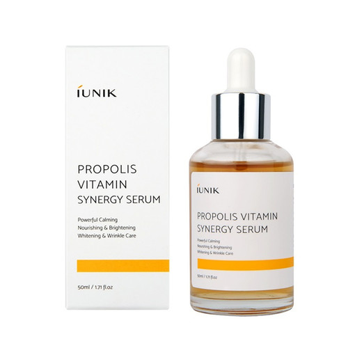 iUNIK Propolis Vitamin Synergy Serum 50 mL - Brightens and soothes skin. Suitable for sensitive skin. Contains star ingredients: 70% Propolis, 12% Hippophae rhamnoides, Centella asiatica, witch hazel, purslane and gingko extracts.