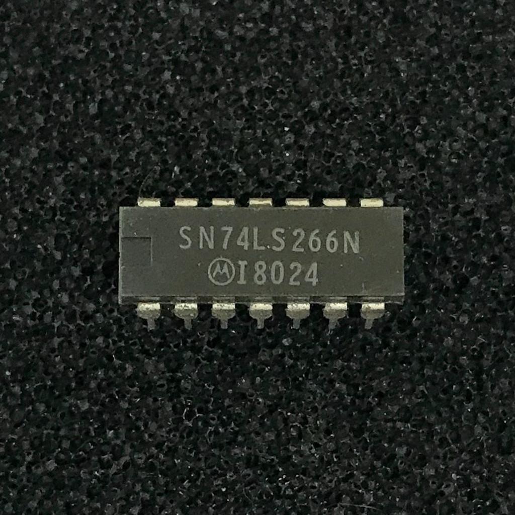 (PKG of 5) SN74LS266N Quad 2-Input XNOR Gate w/ OC Outputs, PDIP-14, Motorola