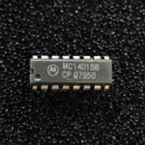 (PKG of 10) MC14015BCP Dual 4-Bit Static Shift Register, CD4015, PDIP-16, Motorola