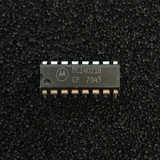 (PKG of 10) MC14021BCP 8-Bit Static Shift Register, CD4021, PDIP-16, Motorola