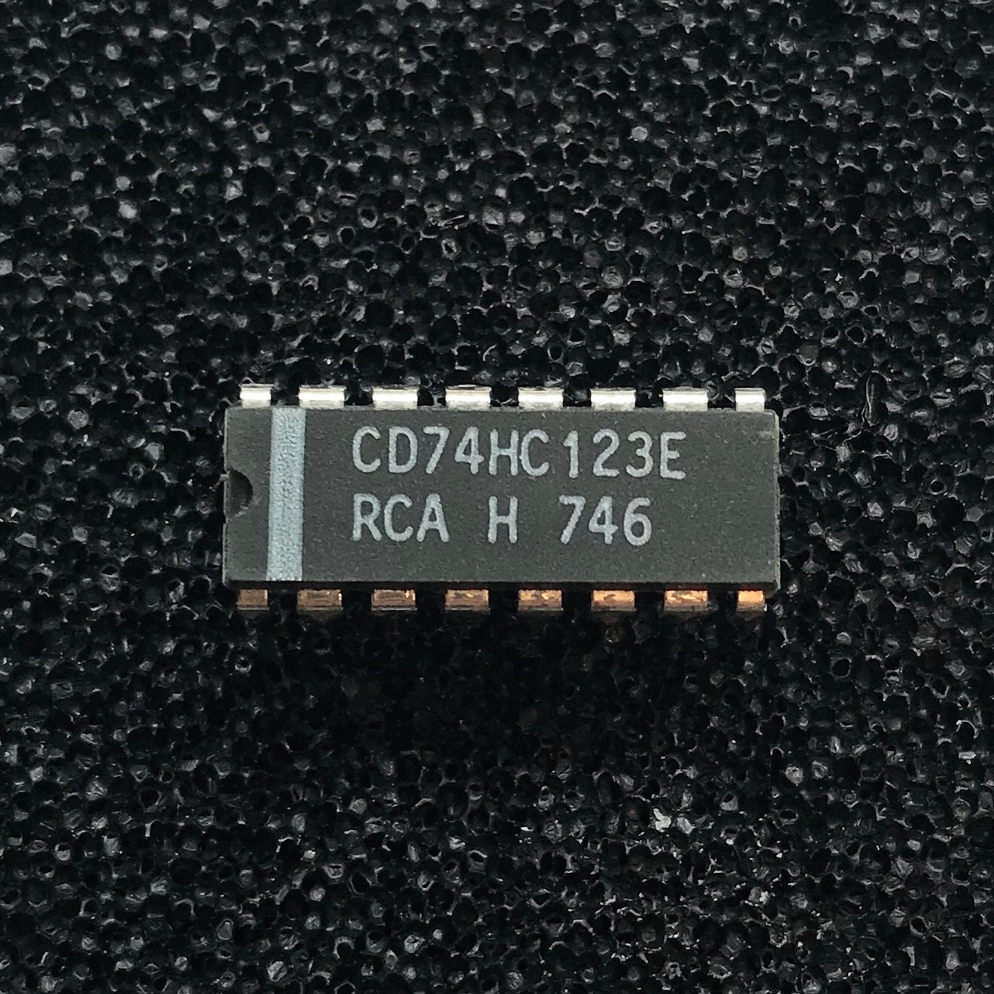A2202 51//102G SSF Zimmertür-Einsteckschloss PZW 20// 55//72//8mm DIN R silber ktg.