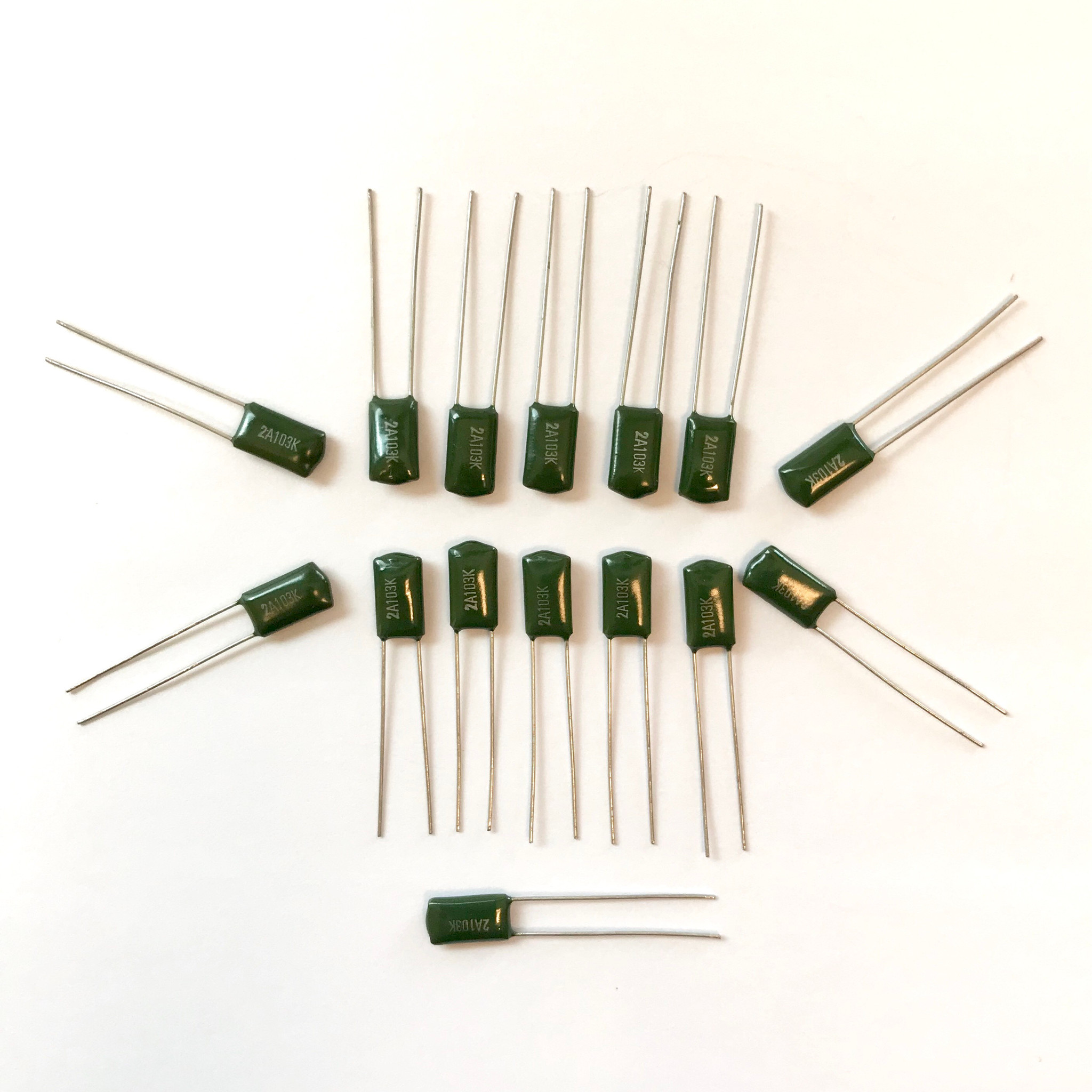 PKG of 15 10/% Tolerance 0.01uF 100V Polyester Film Capacitor Tecate