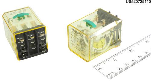 RR3BULCDC110V IDEC RELAY PLUG-IN 10A 3PDT 110VDC W/B&L SILV