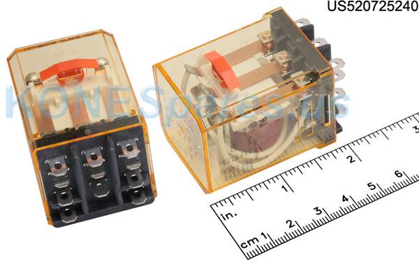 RR3BULCAC240V IDEC RELAY PLUG- IN 10A 3PDT 240VAC W/B&L SIL