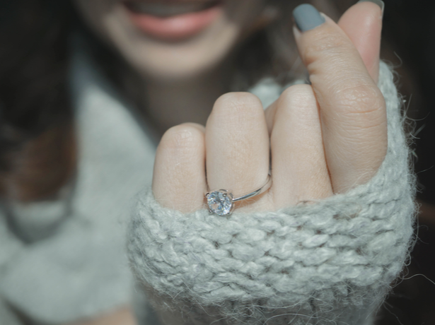 solitaire-engagement-ring.png